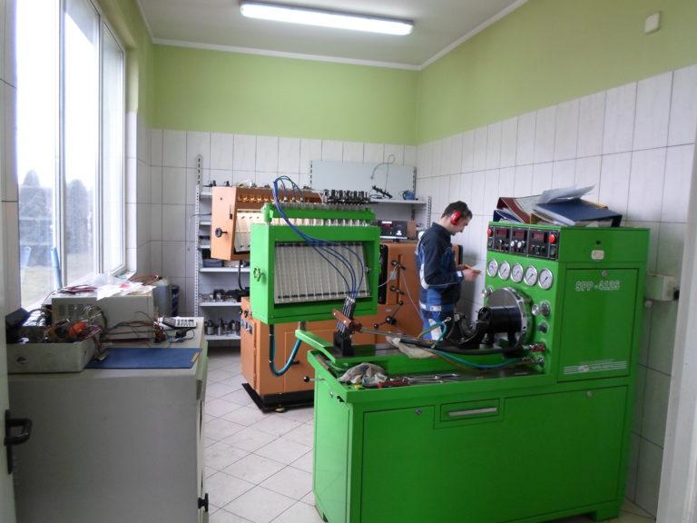 Pomieszczenie do testowania podzespołów układów paliwowych