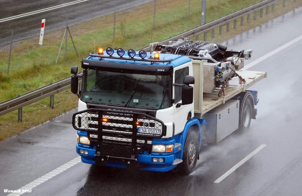 dts-ciężarowka-transport